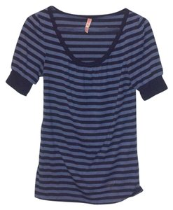 Xhilaration Striped T Shirt Blue