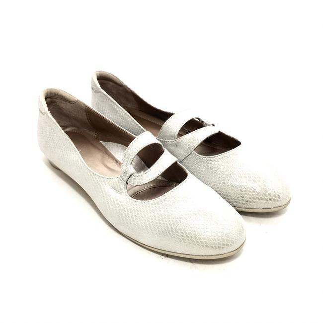 Item - White Silvery Leather Ballet Flats Size EU 41 (Approx. US 11) Regular (M, B)