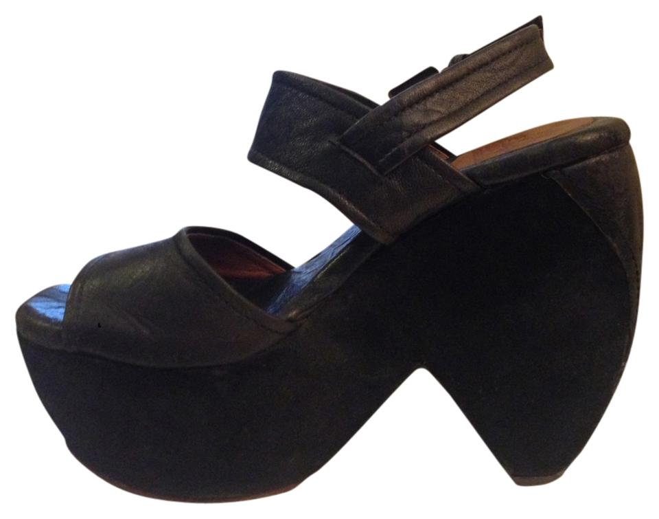 3c1c84ba855c Gee WaWa Black Platforms Size US 6 Regular (M