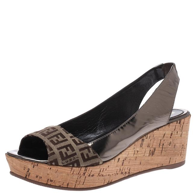 Fendi Brown Canvas and Metallic Bronze Leather Cork Wedge Platform Sandals Size US 7.5 Regular (M, B) Fendi Brown Canvas and Metallic Bronze Leather Cork Wedge Platform Sandals Size US 7.5 Regular (M, B) Image 1