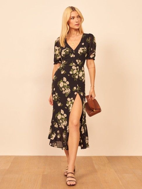 Reformation Black Nantes Floral Front Slit Midi Feminine Bridesmaid/Mob Dress Size 0 (XS) Reformation Black Nantes Floral Front Slit Midi Feminine Bridesmaid/Mob Dress Size 0 (XS) Image 1