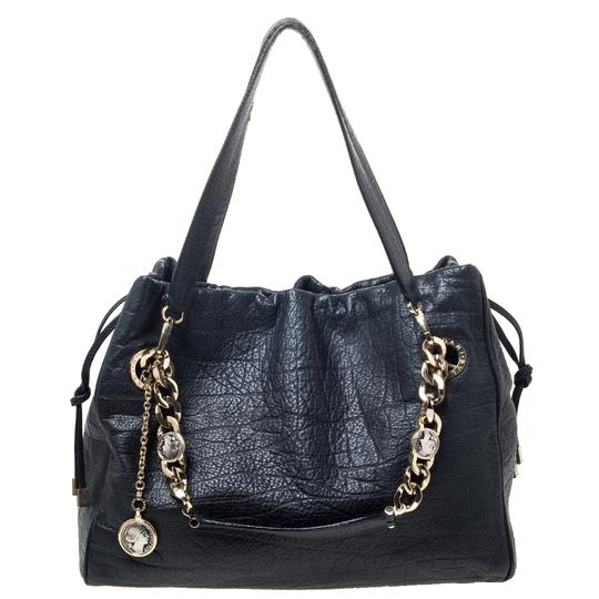 Preload https://img-static.tradesy.com/item/27670586/bvlgari-monete-black-leather-tote-0-0-540-540.jpg