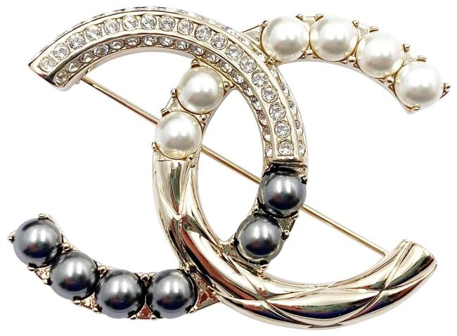 Item - Gold Grey White Texture Cc Pearl Crystal Brooch
