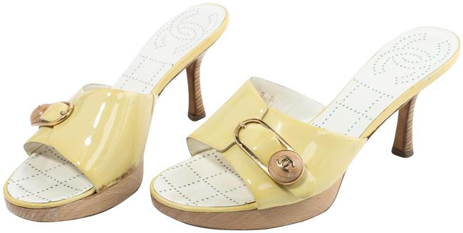 Item - Yellow/Brown Logo Buckle Patent Leather Wooden Heels Mules/Slides Size EU 37 (Approx. US 7) Regular (M, B)
