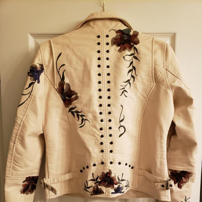 Item - Ivory with Flowers Moto Faux Leather Jacket Size 6 (S)