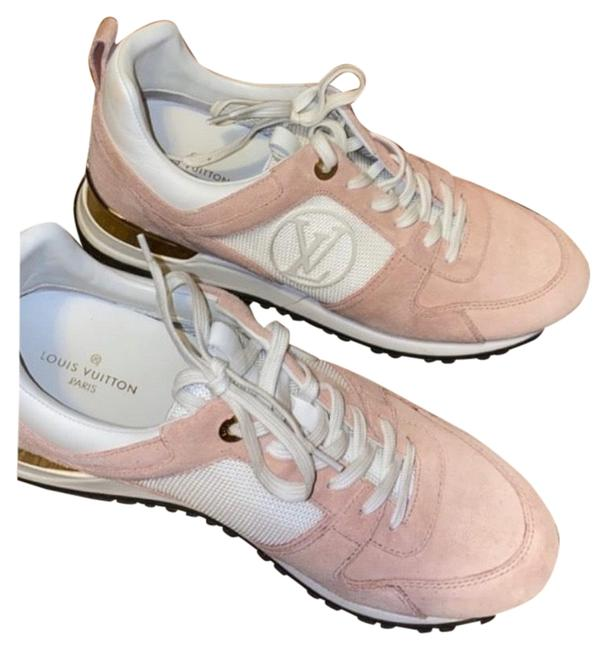 Item - Light Pink Sneakers Size US 9 Regular (M, B)
