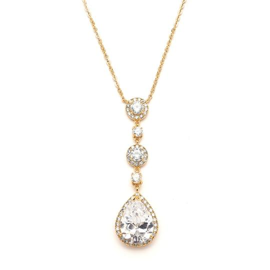 Preload https://item2.tradesy.com/images/gold-best-selling-14k-necklace-2767471-0-0.jpg?width=440&height=440