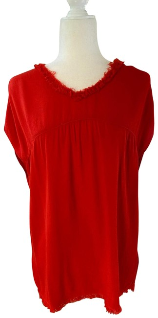 Item - Red Crew Neck Blouse Size 6 (S)