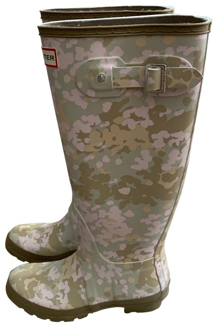 Item - Sand Camo with Hints Of Tan and Baby Pink Tall Flecktarn Boots/Booties Size US 7 Regular (M, B)
