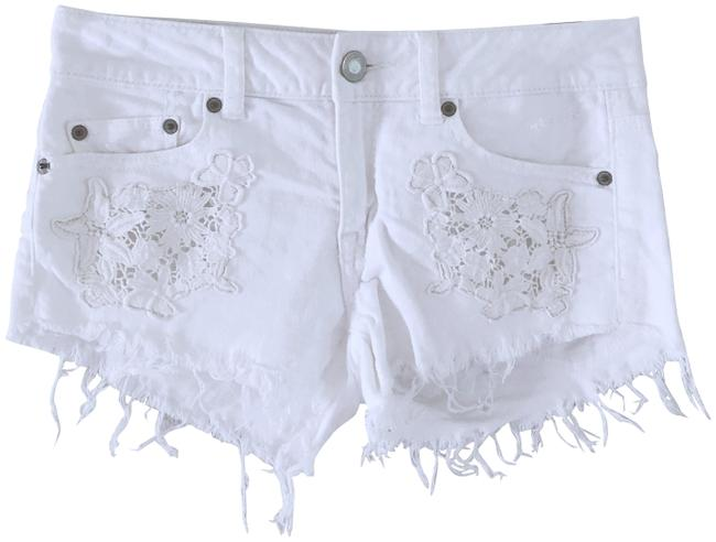 American Eagle Outfitters White Lace Patchwork Floral Denim Shorts Size 0 (XS, 25) American Eagle Outfitters White Lace Patchwork Floral Denim Shorts Size 0 (XS, 25) Image 1