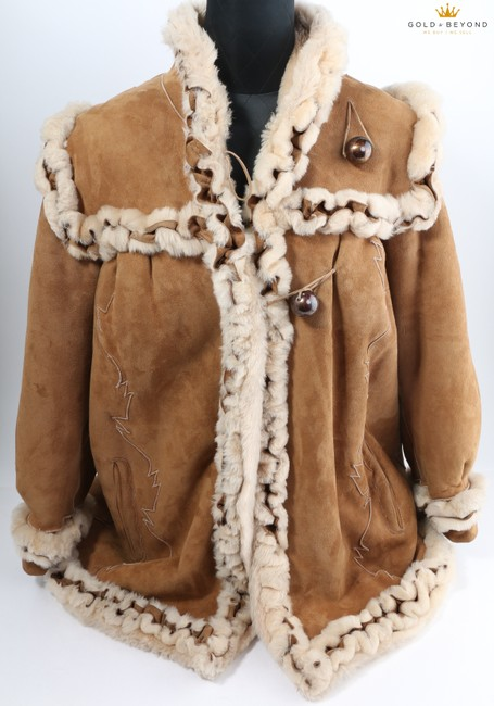 Fendi Brown Woman's Suede By Neiman Marcus Coat Size 6 (S) Fendi Brown Woman's Suede By Neiman Marcus Coat Size 6 (S) Image 2