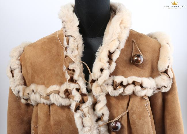 Fendi Brown Woman's Suede By Neiman Marcus Coat Size 6 (S) Fendi Brown Woman's Suede By Neiman Marcus Coat Size 6 (S) Image 12
