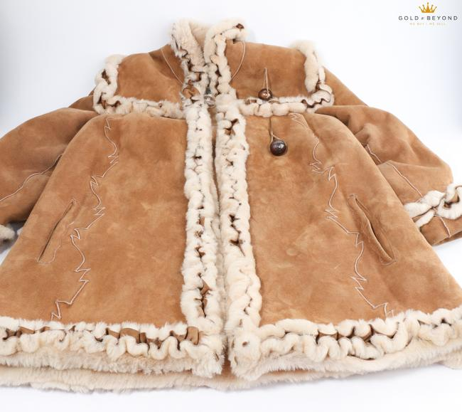 Fendi Brown Woman's Suede By Neiman Marcus Coat Size 6 (S) Fendi Brown Woman's Suede By Neiman Marcus Coat Size 6 (S) Image 3