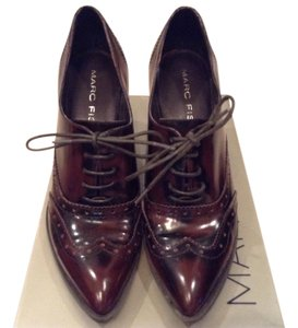 Marc Fisher Professional Leather Classic Dark Brown Pumps