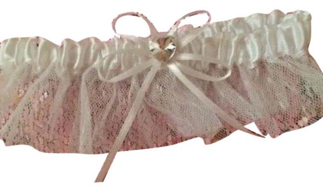 Item - White Vs Limited Edition Very Sexy Little Bride Silk+lace Garter