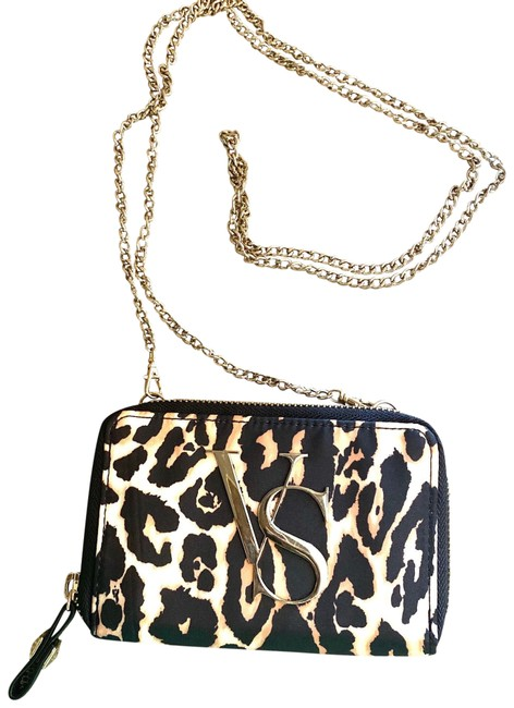 Item - Wallet On A Chain Leopard Clutch