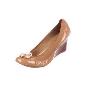Tory Burch Size 9 Tan Wedges