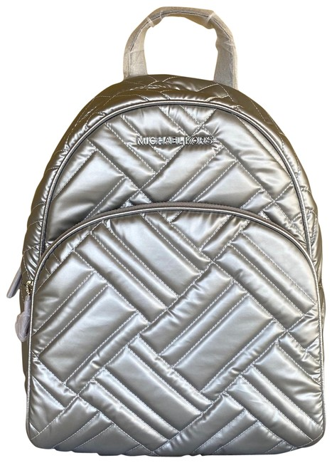 Item - Abbey Medium Silver Smooth Quilted Backpack