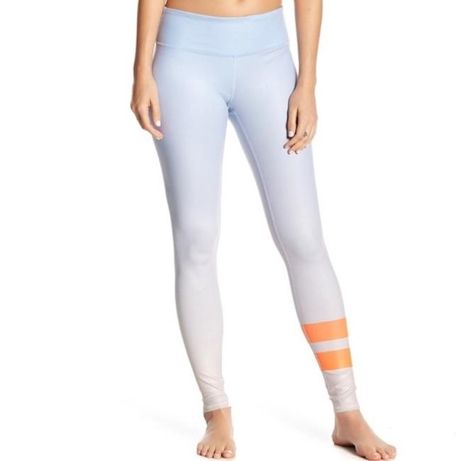 Item - Gradient Sky Airbrush Activewear Bottoms Size 8 (M, 29, 30)