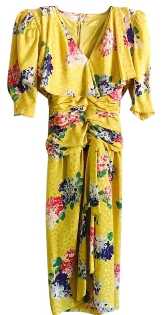 Preload https://img-static.tradesy.com/item/27686555/yellow-vintage-floral-mid-length-cocktail-dress-size-2-xs-0-1-650-650.jpg