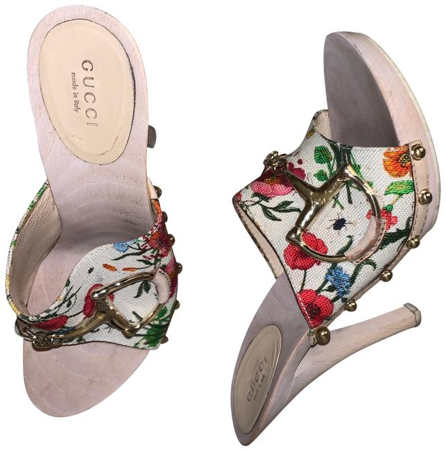 Item - Multi Color Clogg Sandals Size US 8 Regular (M, B)