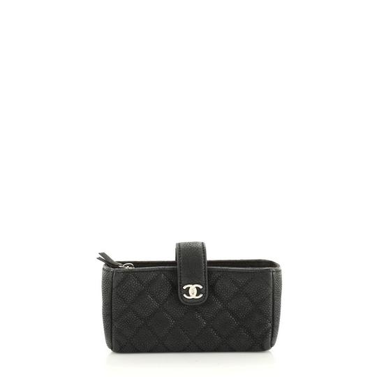 Preload https://img-static.tradesy.com/item/27692773/chanel-phone-holder-quilted-caviar-mini-black-leather-clutch-0-0-540-540.jpg