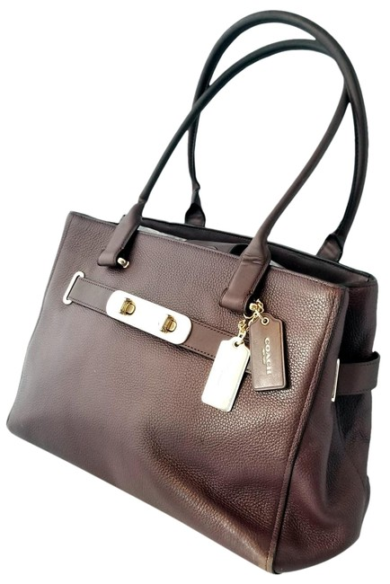 Item - Carryall Swagger 36488 Oxblood Purple Leather Tote