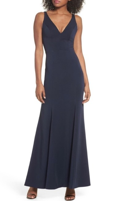 Item - Navy 1816 Luxe Crepe V-neck Gown Long Formal Dress Size 14 (L)
