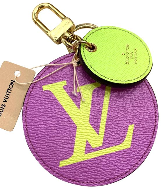 Item - Purple Green Exclusive Giant Monogram and Key Chain New
