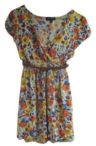 Mossimo Supply Co short dress Multi Vintage Floral Sleeve on Tradesy