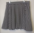Torrid Black White Striped Pockets Stretch Knit Circle 2x Skirt Size 22 (Plus 2x) Torrid Black White Striped Pockets Stretch Knit Circle 2x Skirt Size 22 (Plus 2x) Image 2