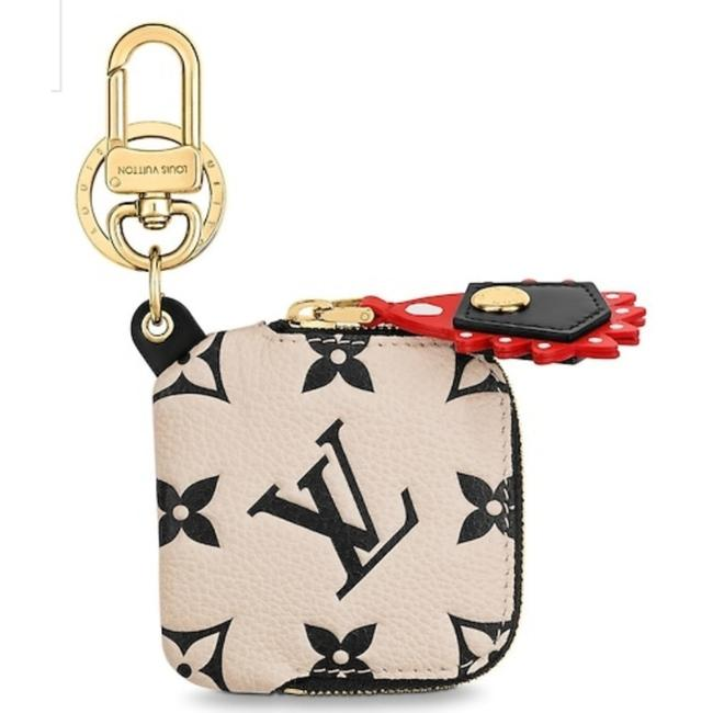 Item - Ivory Black Red Crafty Giant Monogram Key Charm Limited Edition Leather Gold Hardware
