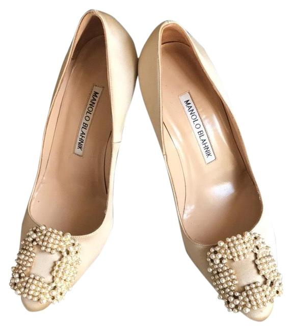 Item - Cream Hangisi Satin Pumps Size US 5 Regular (M, B)