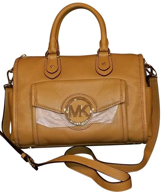 Item - Margo Medium Top Zip (New with Tags) Gold Hardware Tan Brown Crossbody Leather Satchel