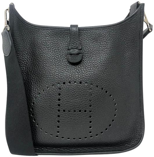Preload https://img-static.tradesy.com/item/27701559/hermes-evelyne-pm-black-togo-messenger-bag-0-1-540-540.jpg