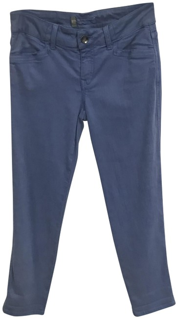 Item - Blue Light Wash Ankle Grazer Capri/Cropped Jeans Size 27 (4, S)