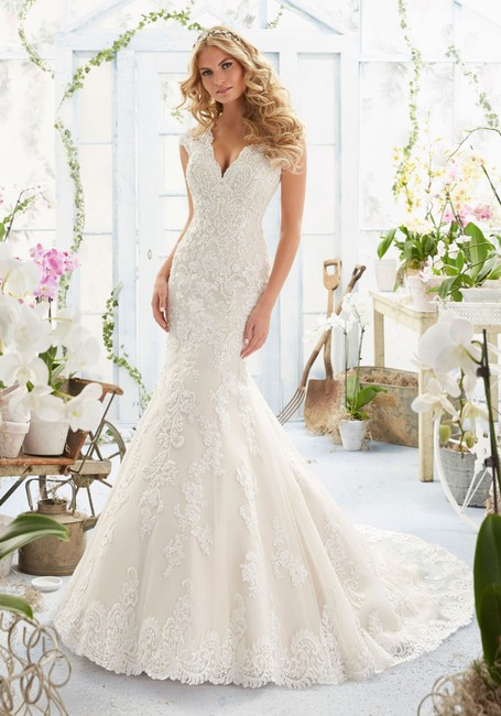 Item - Light Gold Beaded Embroidered Lace 2806 Traditional Wedding Dress Size 16 (XL, Plus 0x)