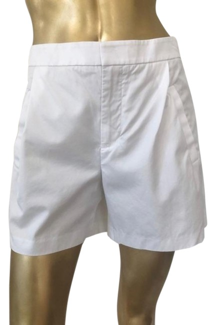 Item - White High-waisted Pleated Shorts Size 6 (S, 28)