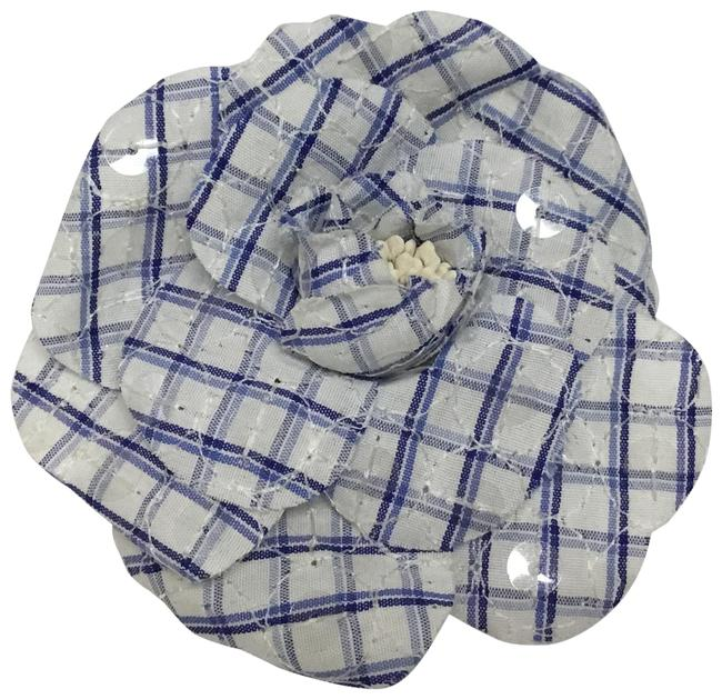 Item - Blue And White Checkered Sequined Embroidered Camellia Pin