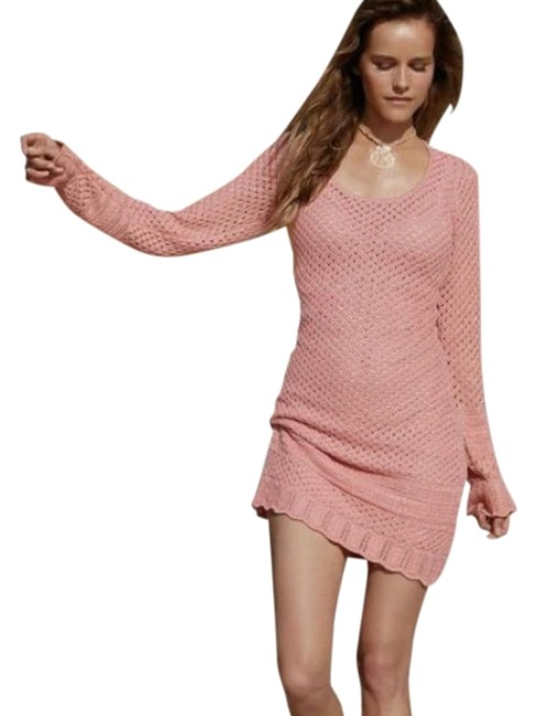 Preload https://img-static.tradesy.com/item/27719016/spell-and-the-gypsy-collective-pink-crochet-lace-short-casual-dress-size-6-s-0-1-650-650.jpg