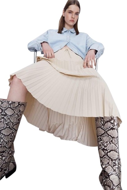Item - Beige W Pleated High Waisted W/ Drawstrings Water-repellent New Skirt Size 6 (S, 28)