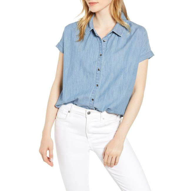 Item - Blue Chambray Camp Shirt Button-down Top Size 12 (L)