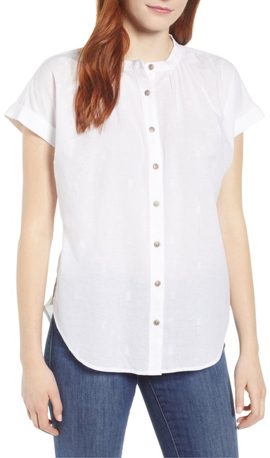 Item - White Jacquard Camp Shirt Button-down Top Size 6 (S)