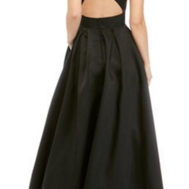 Item - Black Sexy Evening Gown Long Formal Dress Size 10 (M)