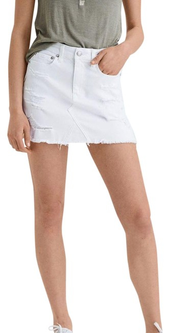American Eagle Outfitters White Denim Distressed Stretch Skirt Size 2 (XS, 26) American Eagle Outfitters White Denim Distressed Stretch Skirt Size 2 (XS, 26) Image 1