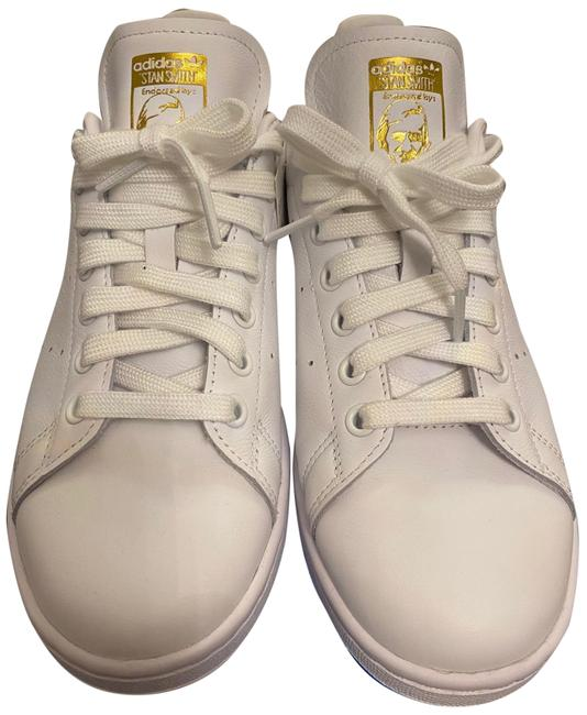 Item - White and Gold Women's Stan Smith Sneakers Size US 8.5 Regular (M, B)
