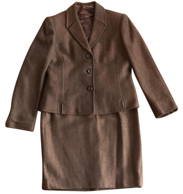 Item - Brown Jure 3 Pieces and Blouse Skirt Suit Size 6 (S)