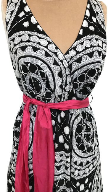 Item - Black White Pink Wrap Mid-length Short Casual Dress Size 6 (S)