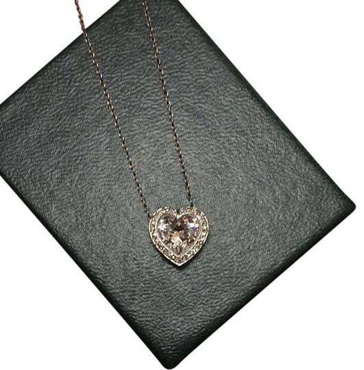 Preload https://item1.tradesy.com/images/heart-necklace-2772970-0-0.jpg?width=440&height=440