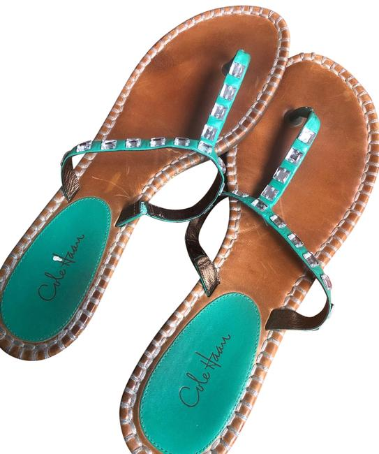 Item - Green Sandals Size US 9 Regular (M, B)
